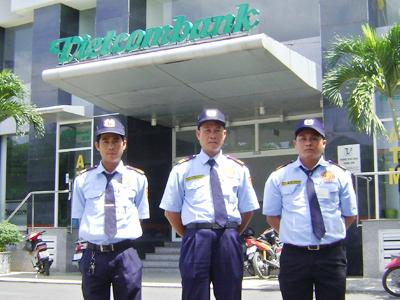 các công ty bảo vệ chuyên nghiệp ngân hàng